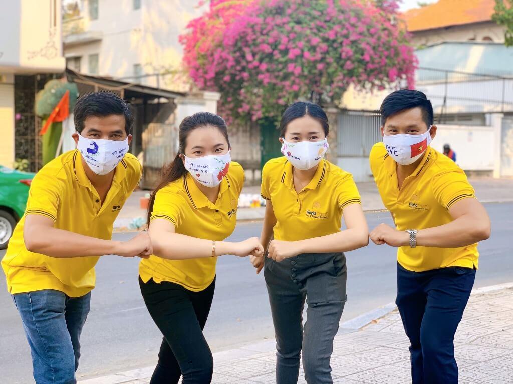 Happy mask - khi chiếc khẩu trang hoá hy vọng