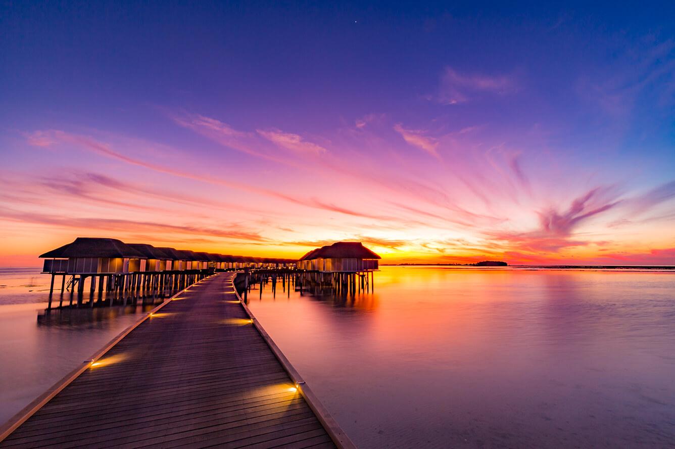 Maldives - 'Chỉ cách thiên đường một bước chân'