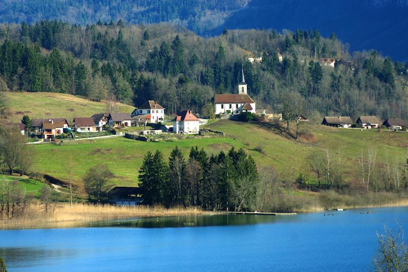 6. Lac d'Aiguebelette