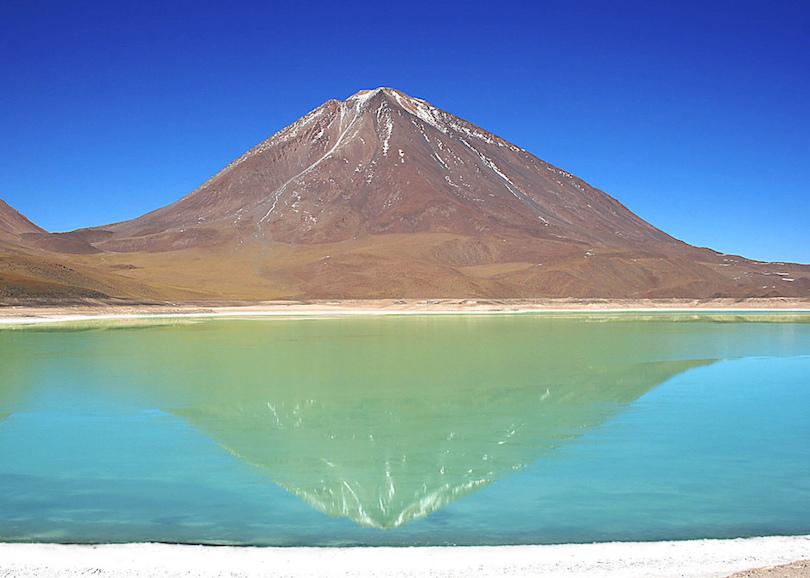 10. Laguna Verde