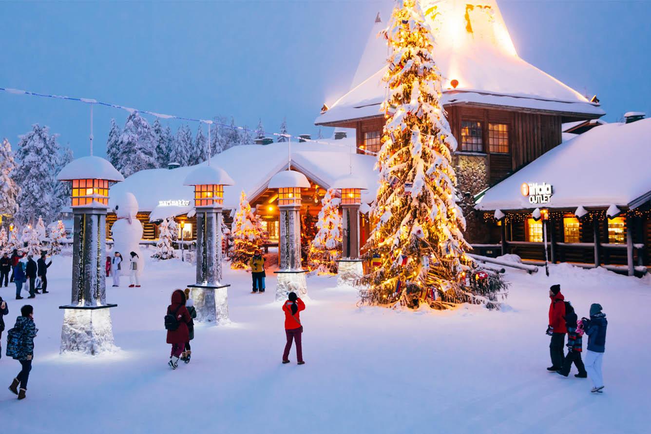 Gặp Santa Clause và trải nghiệm vượt qua vĩ tuyến 66 vòng Bắc cực