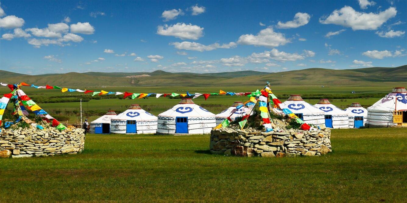 Trải nghiệm lều Yurk và khám phá ẩm thực đặc sắc
