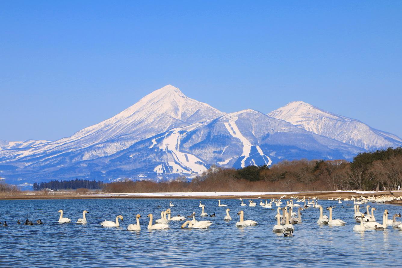 Hồ Inawashiro