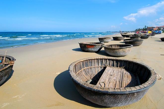 Mỹ Khê - bãi biển quyến rũ nhất hành tinh