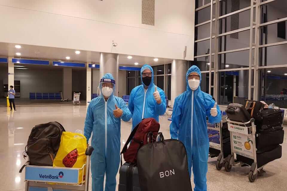 Vietravel đưa chuyên gia nước ngoài về Việt Nam trong mùa dịch covid-19