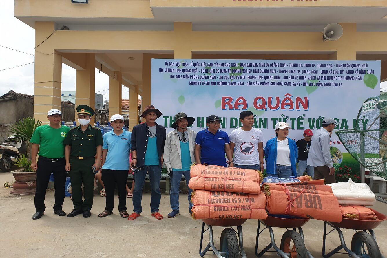 """Vietravel Quảng Ngãi đồng hành cùng dự án cộng đồng """"Tử tế với Sa Kỳ"""""""