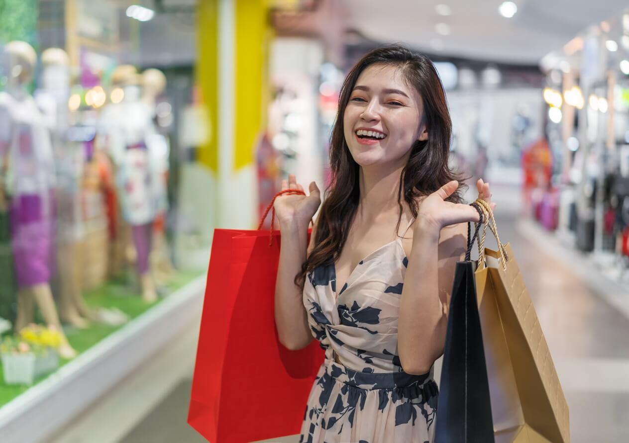 Shopping mùa Giáng sinh và đón năm mới