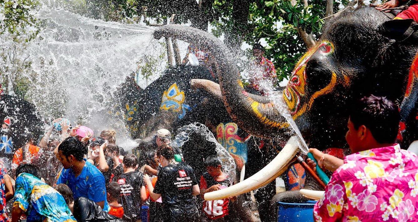 Tết té nước Songkran – không đi tiếc cả đời