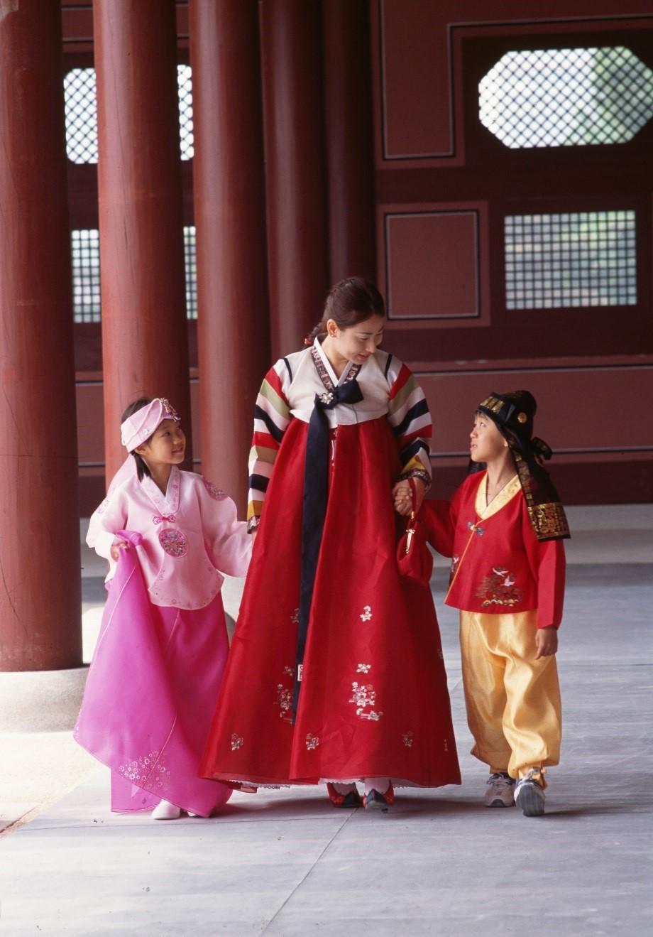 Nao nức đón Tết cổ truyền ở các nước Đông Bắc Á