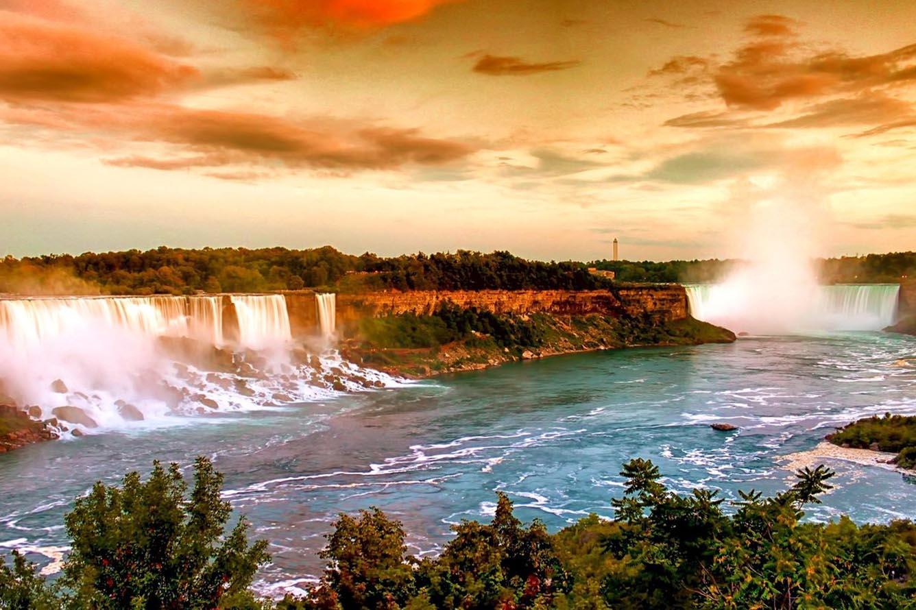 Bức tranh Niagara đa sắc màu