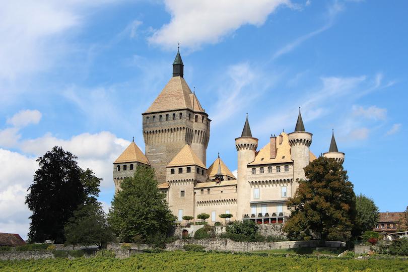 8. Vufflens Castle