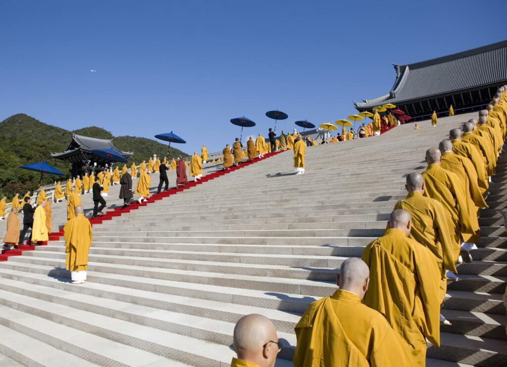 Ghé thăm Vương đường Phật giáo lộng lẫy với nhiều kỷ lục thế giới