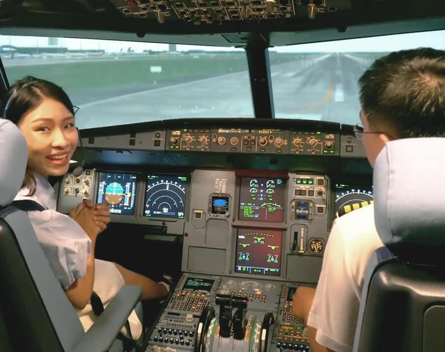 Trải nghiệm buồng lái máy bay trị giá 500 tỷ đồng cùng Vietravel