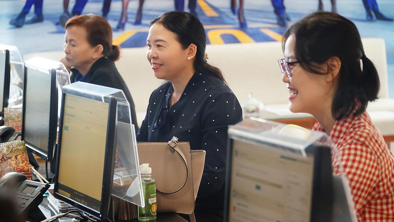Du khách đặt tour tăng mạnh trước dịp Lễ 30-4 nghỉ dài ngày
