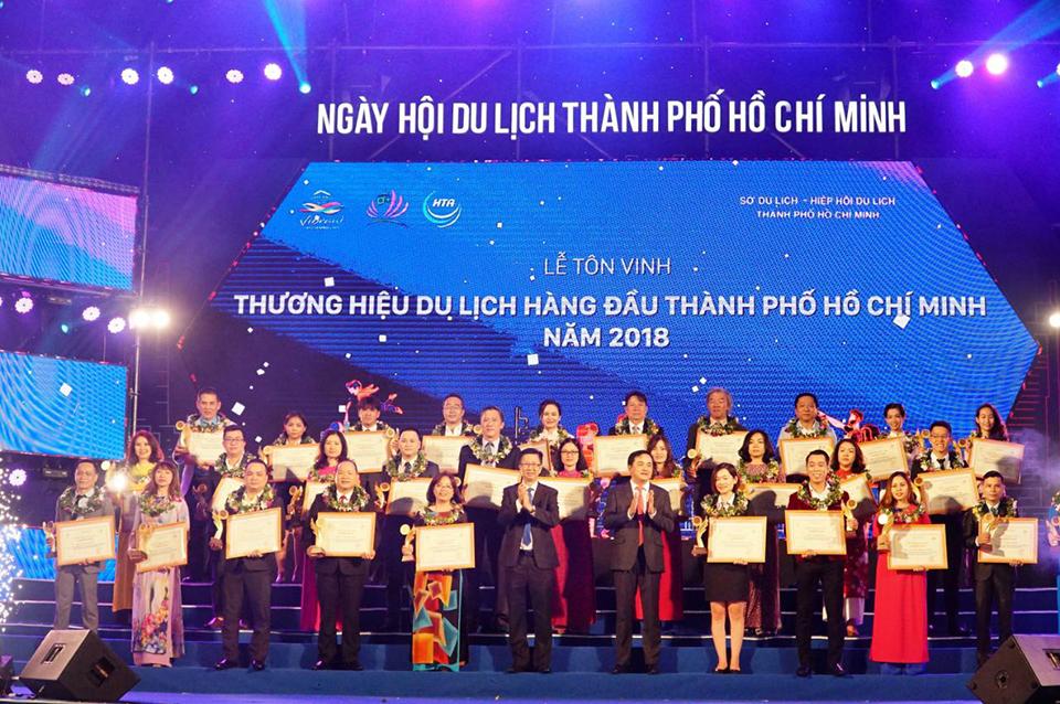 Vietravel nhận nhiều giải thưởng quan trọng tại Ngày hội Du lịch thành phố Hồ Chí Minh