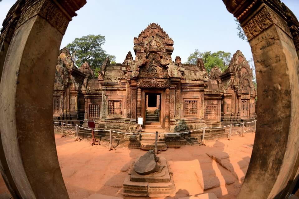 Chu du Châu Á, hành hương viếng chùa đầu năm