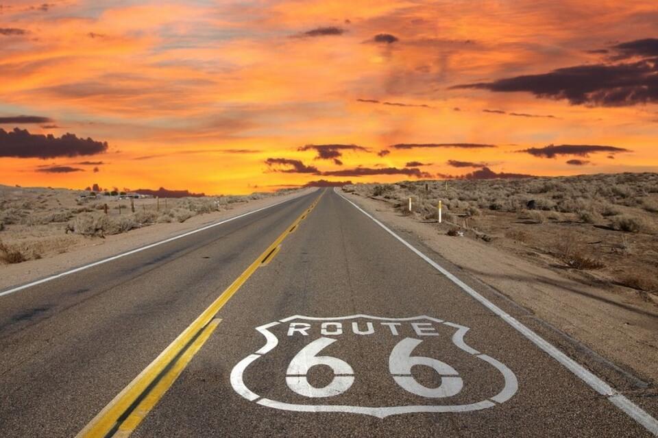 Rong ruổi trên con đường huyền thoại Route 66