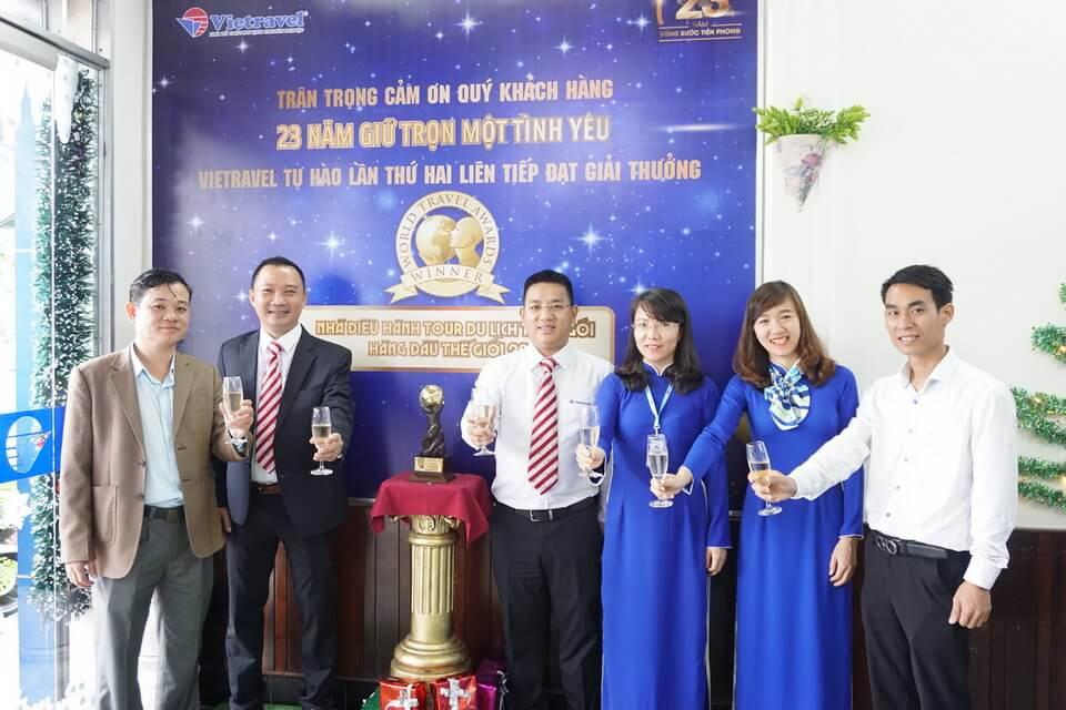 Lan tỏa tri ân, ngập tràn ưu đãi nhân dịp đón cúp 'World Travel Awards' tại chi nhánh Vietravel Huế