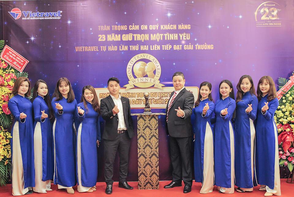 Hành trình xuyên Việt rước cúp 'World Travel Awards' lần II và trưng bày tại Vietravel Đà Lạt