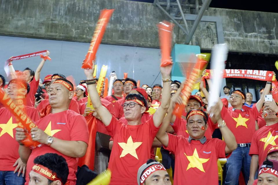 Chung kết AFF Cup 2018: Giấc mơ anh hào sau mười năm chờ đợi