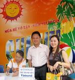 Khách hàng với chương trình khuyến mại Mùa hè vô tận 2008 cùng Vietravel