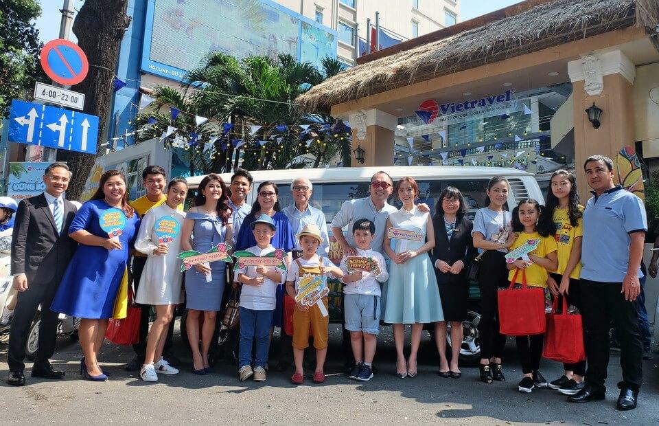 Gia đình 'Sao Việt' rủ nhau chọn tour du lịch hè