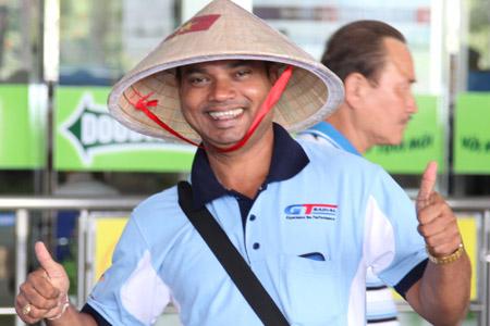 Vietravel đón đoàn 200 khách Sri Lanka đến TP.HCM