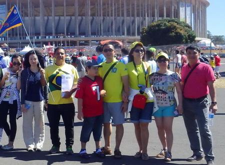 Du khách Vietravel thoả sức cháy cùng World Cup 2014