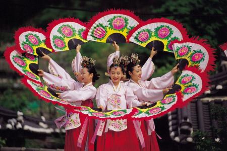 Hàn Quốc tăng cường thu hút khách Việt đến các điểm du lịch mới