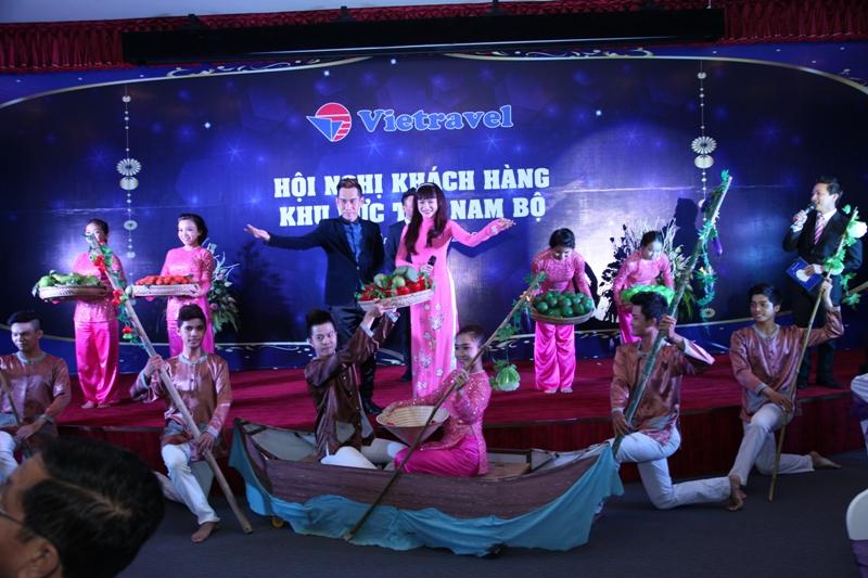 Vietravel tổ chức Hội nghị Tri ân khách hàng Khu vực Tây Nam Bộ năm 2015