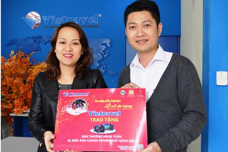 """Khuyến mại """"Xuân Yêu Thương 2015"""": Vietravel Hà Nội trao giải thưởng tuần 3"""