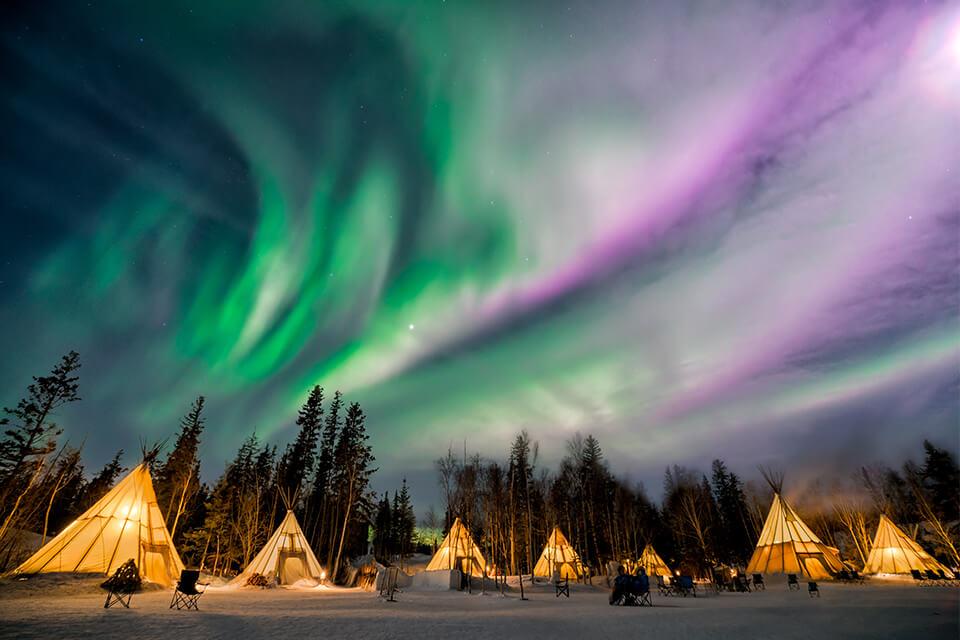 Hành trình 'săn' bắc cực quang đẹp nhất thế giới