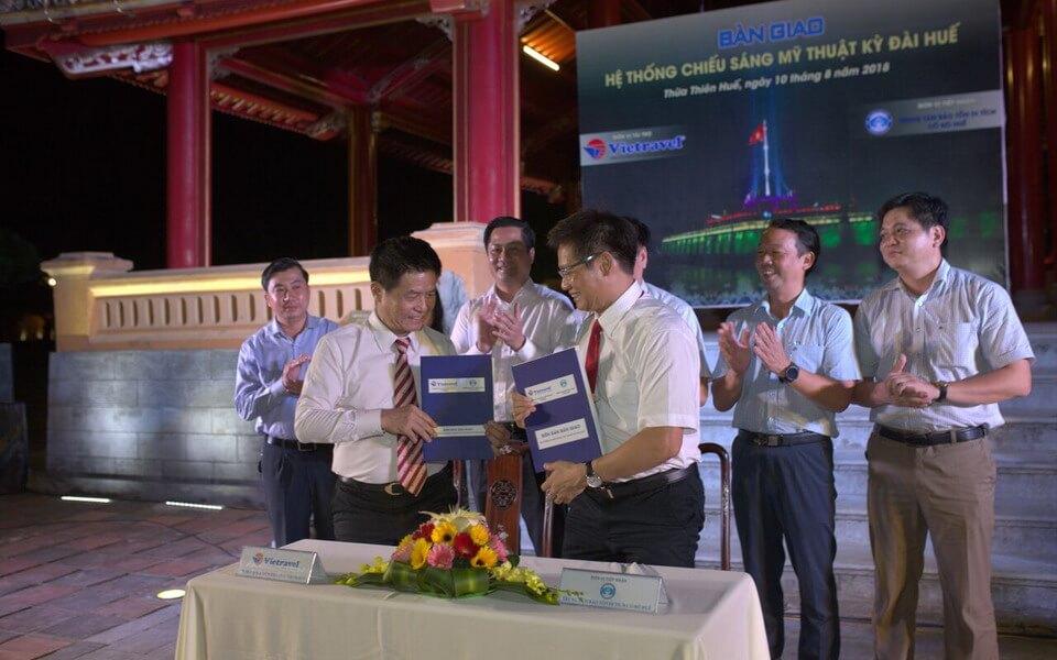Vietravel phối hợp UBND và Trung tâm Bảo tồn Di tích Cố đô Huế Tổ chức Lễ Bàn giao Hệ thống Chiếu sáng mỹ thuật Kỳ Đài Huế
