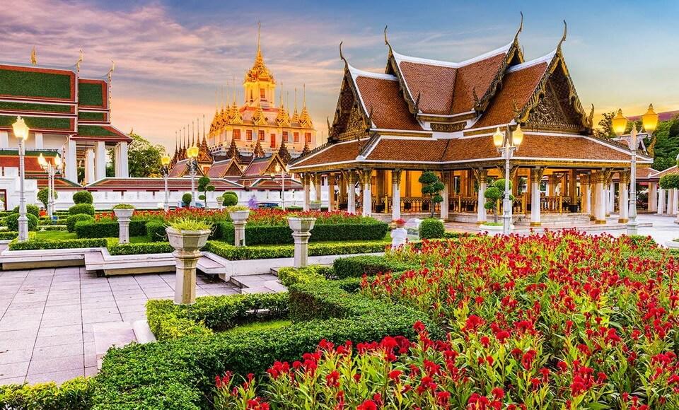 Charter Thái - cùng bay đến 'Xứ sở nụ cười'
