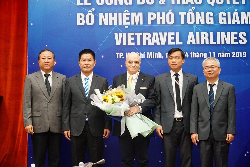Lễ công bố và trao quyết định bổ nhiệm Phó Tổng Giám đốc Vietravel Airlines
