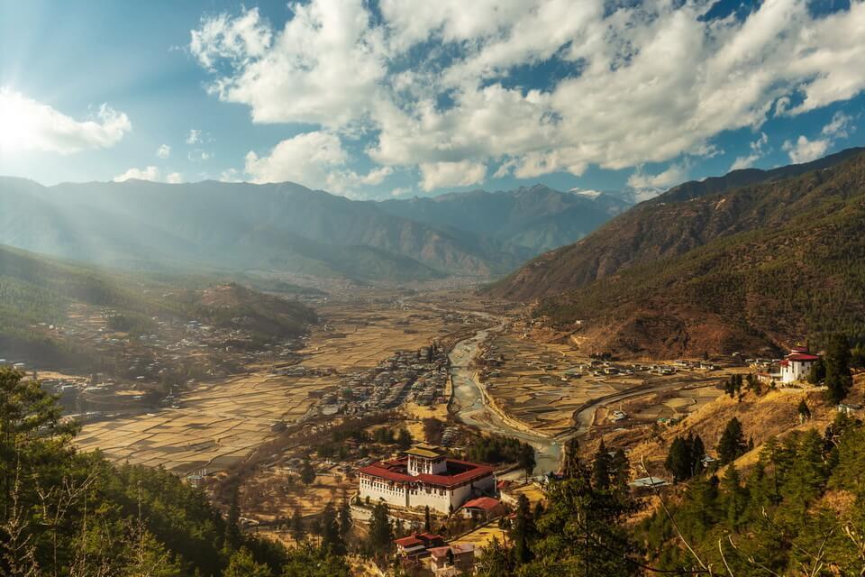 Bình yên 'miền hạnh phúc' Bhutan