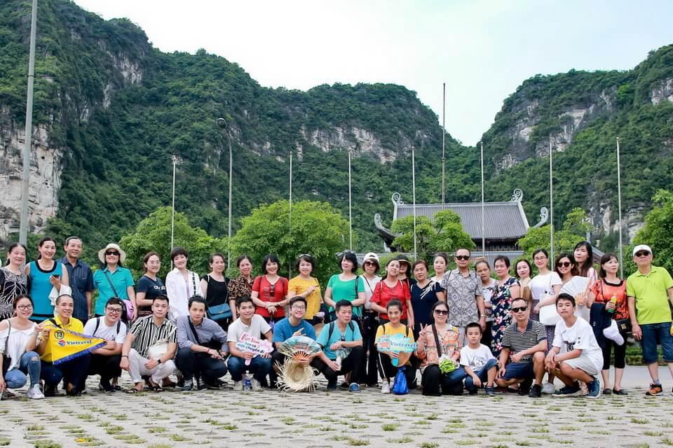 Doanh nghiệp 'chơi lớn' tặng tour du lịch cho khách hàng