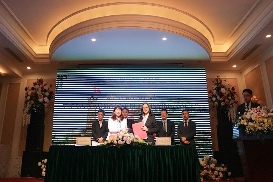 Vietravel cùng Sở Du lịch Thành phố Hà Nội ký kết hợp tác Kích cầu Du lịch nội địa