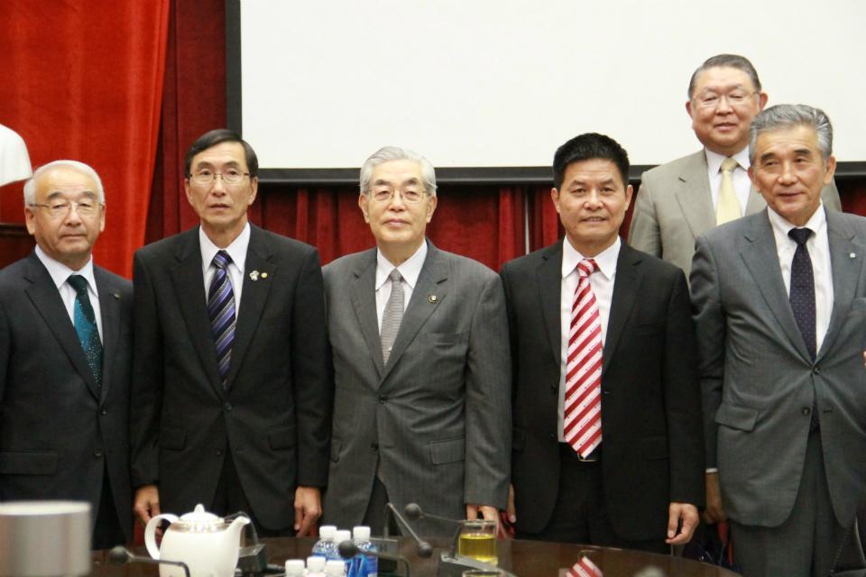 Vietravel gặp gỡ lãnh đạo các tỉnh thuộc vùng Hokkaido (Nhật Bản) phát triển sản phẩm mới