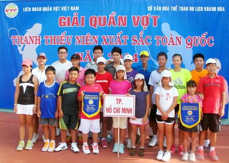 """Vietravel – Nhà tài trợ chính Giải quần vợt """"Cây vợt thanh thiếu niên xuất sắc toàn quốc 2014"""""""
