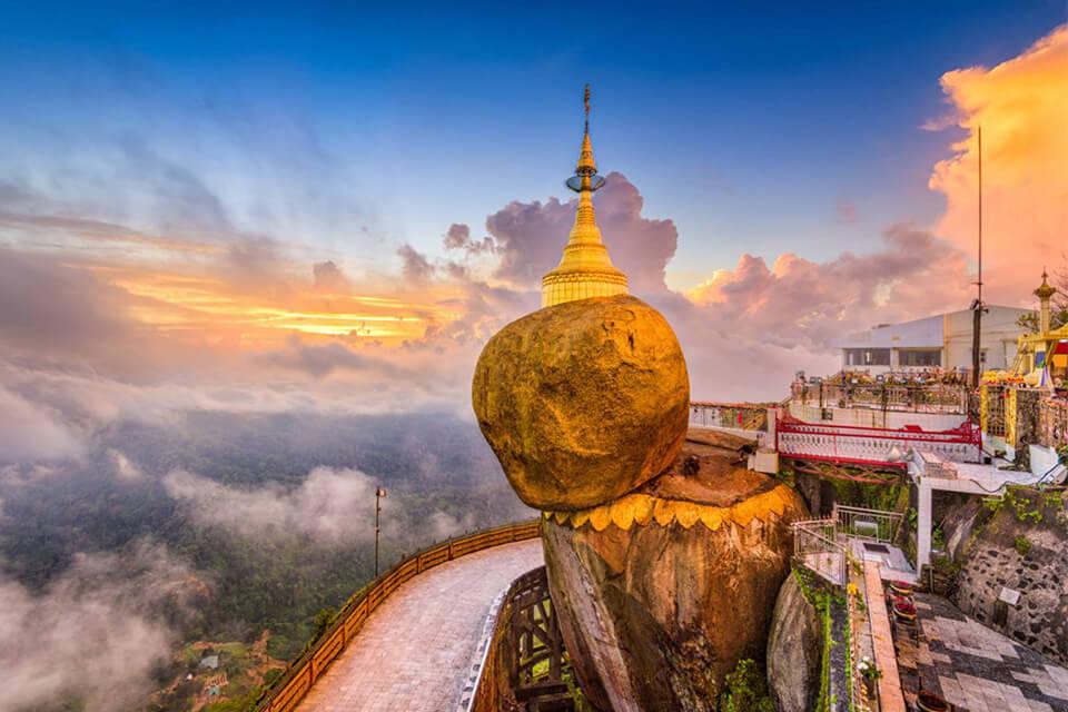 Hành hương Phật giáo mùa thu