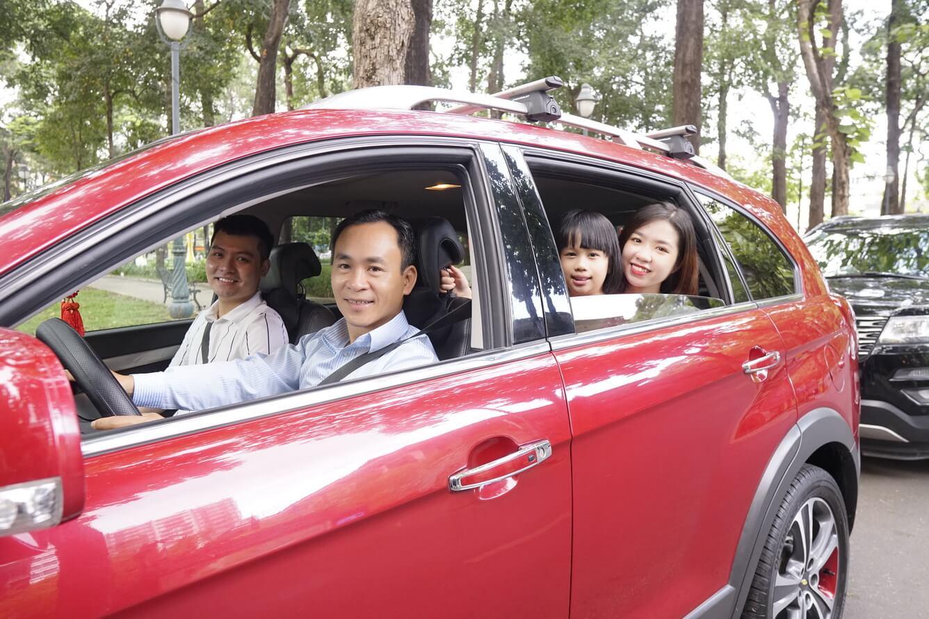Trải nghiệm xe du lịch riêng với Hướng Dẫn Viên chuyên nghiệp kiêm Tài Xế