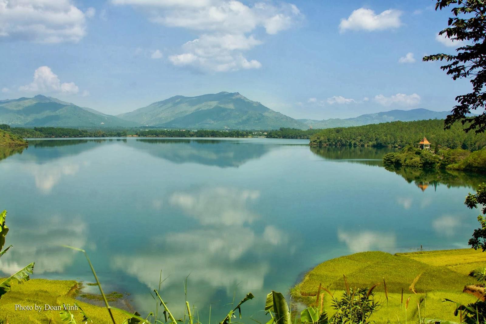 Vietnam's most beautiful lakes