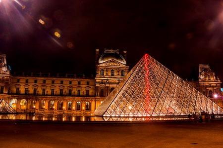 Paris - người tình trăm năm
