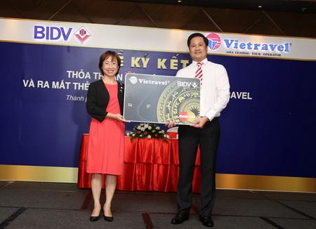 Tiện ích thẻ đồng thương hiệu Vietravel – BIDV