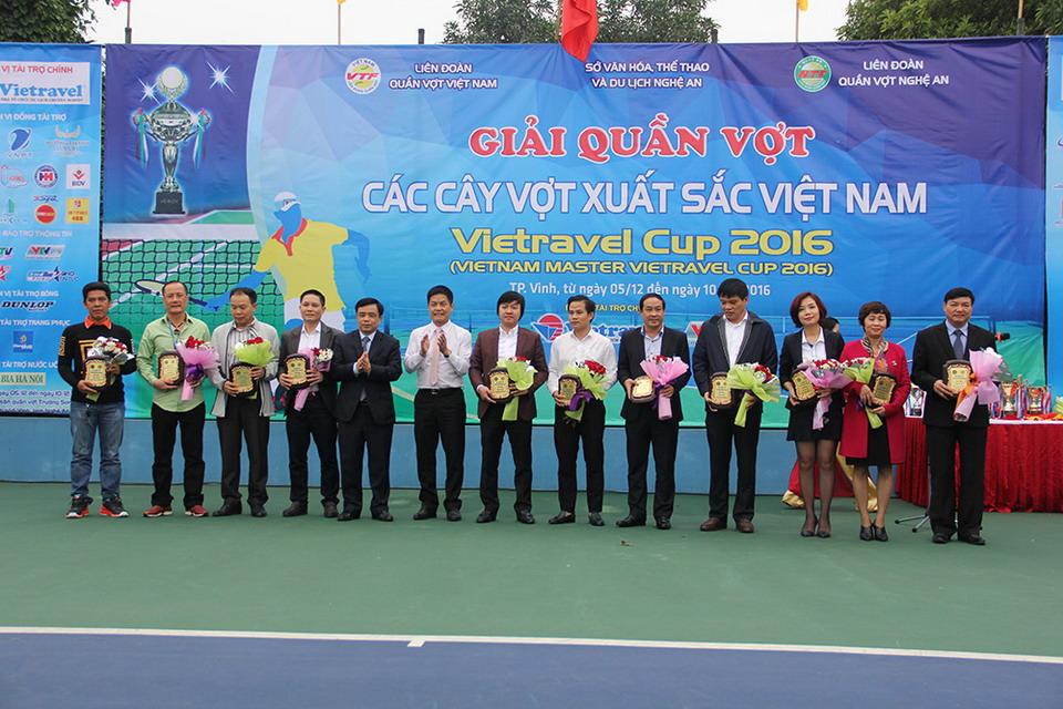 Vietravel tài trợ chính giải quần vợt các tay vợt xuất sắc Việt Nam 2016 tại Nghệ An