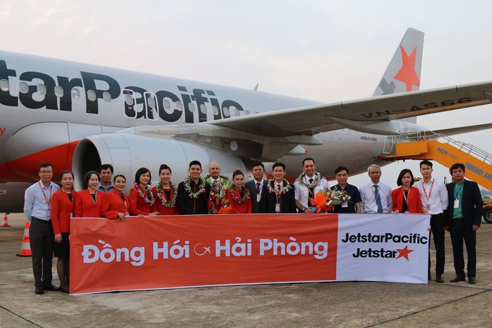 Tưng bừng khai trương đường bay mới Đồng Hới - Hải Phòng