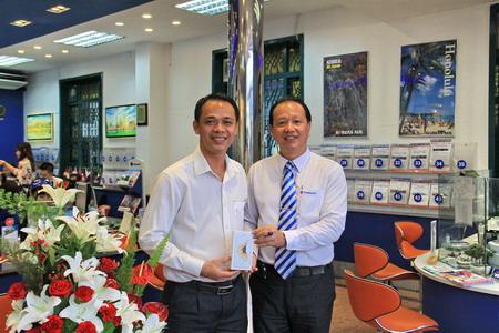 Chúc mừng khách hàng Vietravel Bình Dương trúng thưởng  Iphone 6s