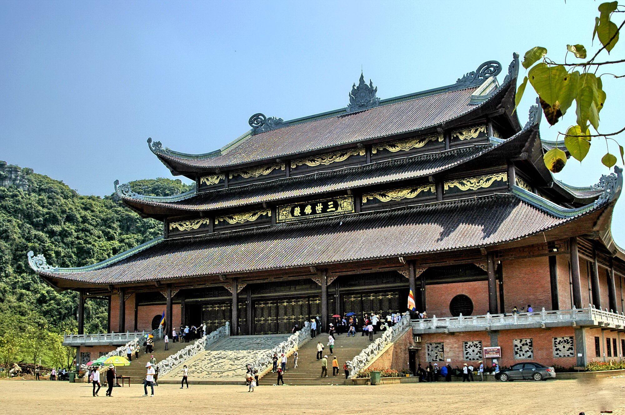 Du xuân hành hương trẩy hội Kinh Bắc