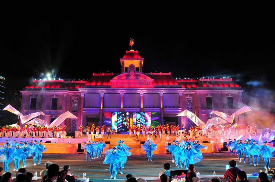 Chào hè rực rỡ cùng Festival biển Nha Trang 2017